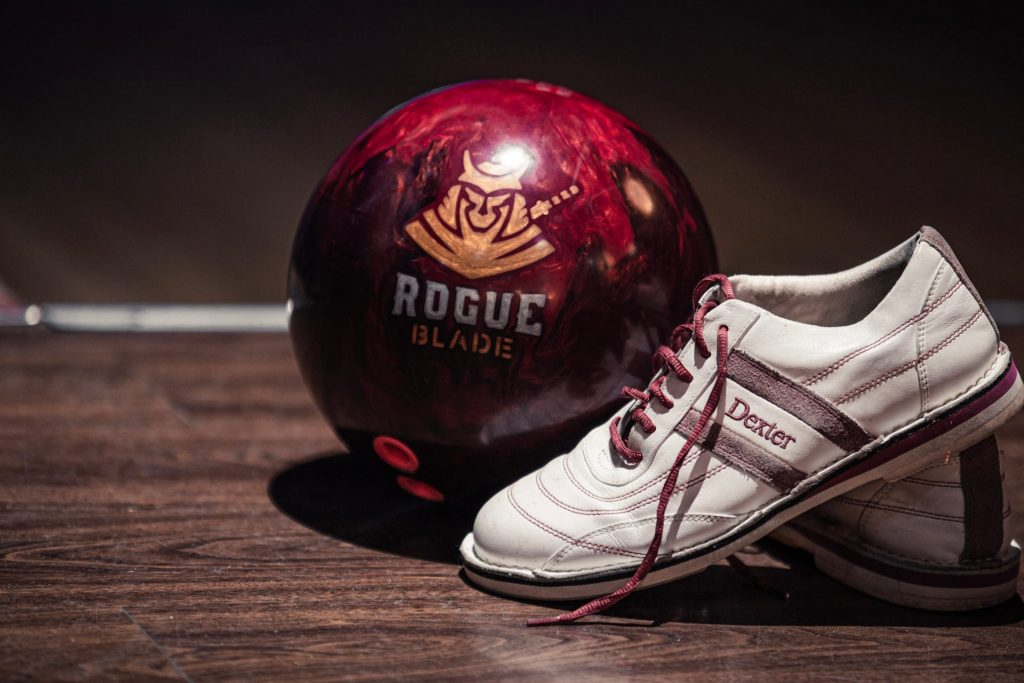 bowling-ball-weight