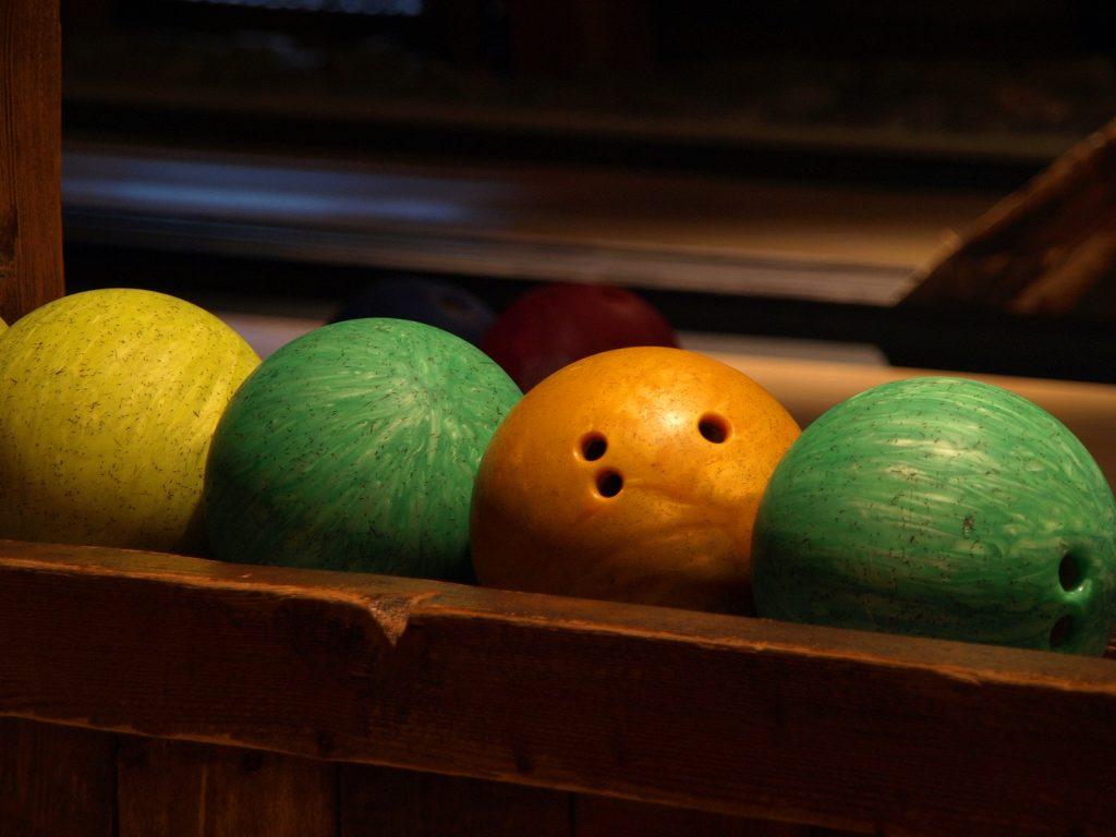 house shot bowling balls